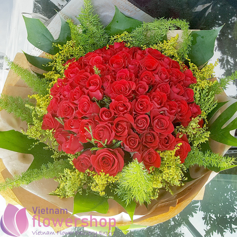 Send love flowers online to Vietnam