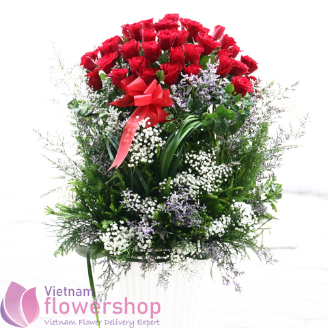 Roses basket delivery to Vietnam