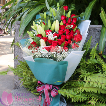 Flowers for birthday delivery in Vietnam