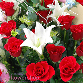 Best flowers for birthday in Vietnam free delivery