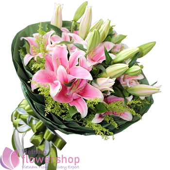 Lilies bouquet of Vietnam birthday flowers