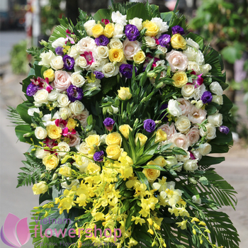 Sympathy flowers delivery for rest in peace online