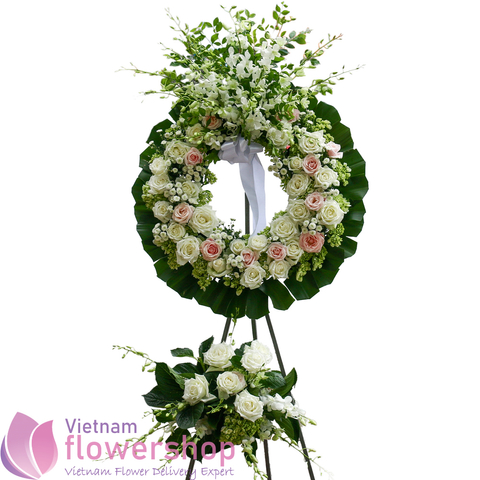 Sympathy flowers delivered to Danang city