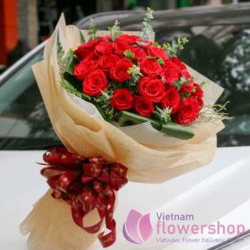 Buy red roses bouquet in flower shop online