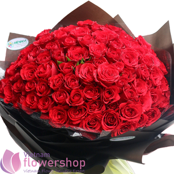 99 red roses bouquet free delivery to VN