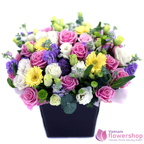 Mixed flower arrangement delivery in Vietnam