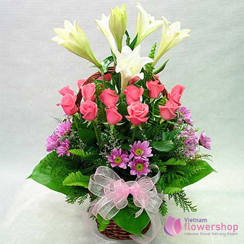 Flower arrangement free delivery Hanoi