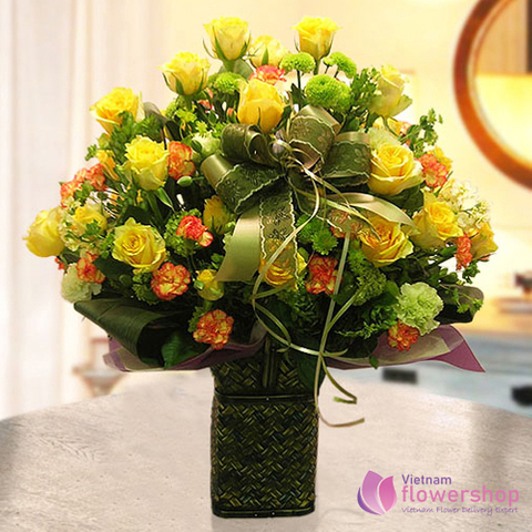 Yellow roses basket delivery in Vietnam