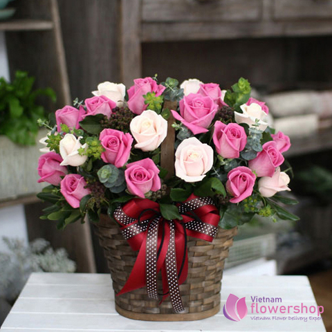Vietnam Flower Shop Pink roses arrangement
