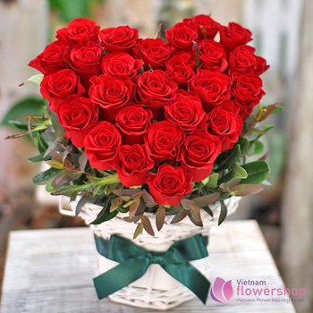 Red roses heart shaped delivery same day