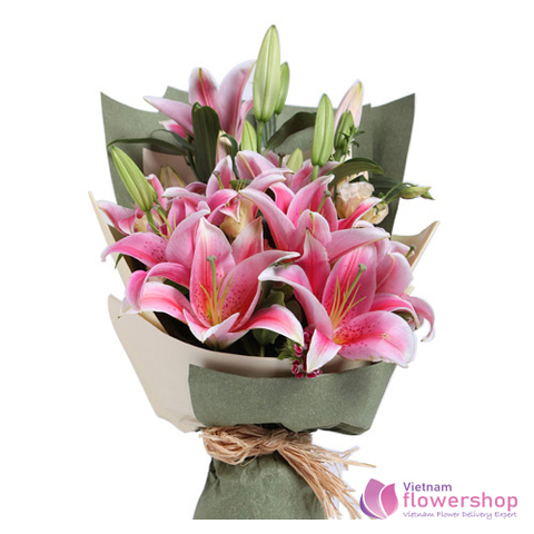 Pink lily bouquet in flower shop Vietnam