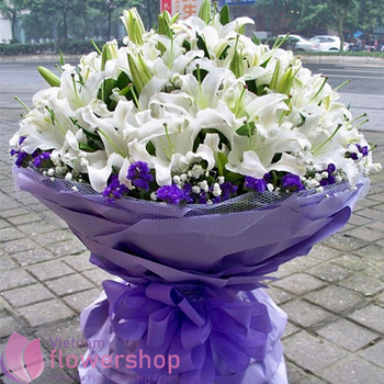Bouquet of white lily flowers in VN