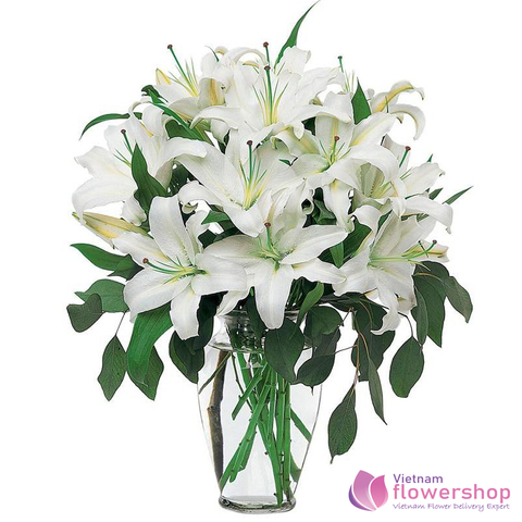White flowers vase in Vietnam