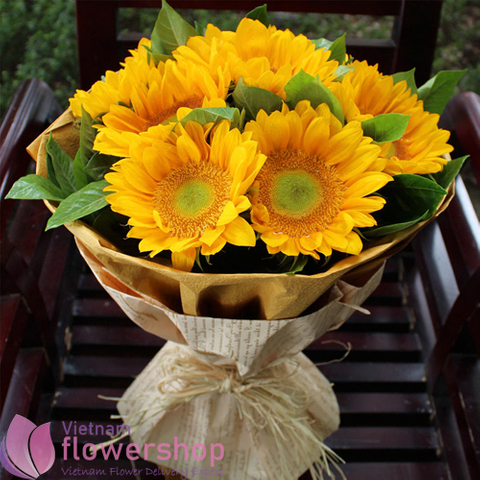 Love bouquet of sunflower free delivery