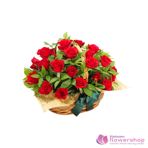 Romantic red roses to girlfriend in HCM Vietnam