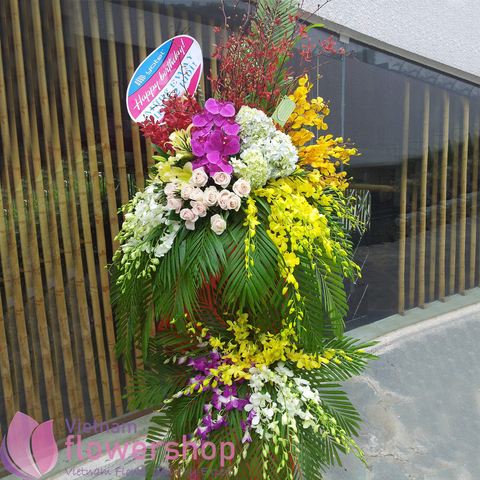 Grand flowers for congratulation online