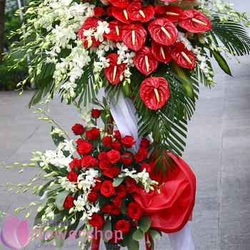 Vietnam congratulation flowers stand delivery online