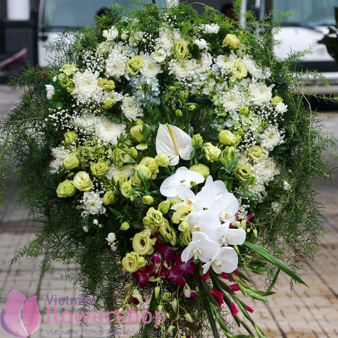 Buying funeral flowers online to Vietnam