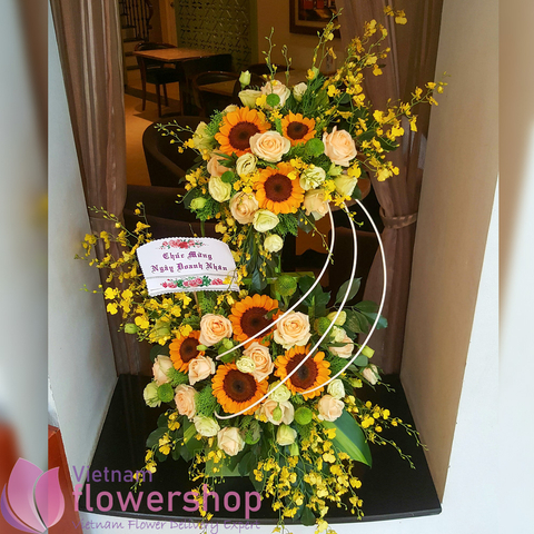 Flowers basket online free delivery in Vietnam