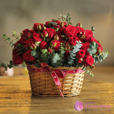 Red roses for Vietnam Christmas