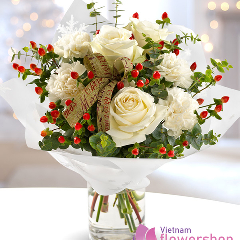 White Christmas bouquet in Vietnam