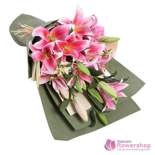 Pink lily flower bouquet delivery to Vietnam
